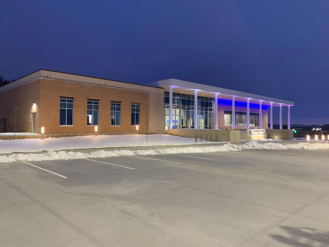 Council Bluffs Police Headquarters, Iowa, Hoefer Wysocki Architects SGH, CEI Materials R3000
