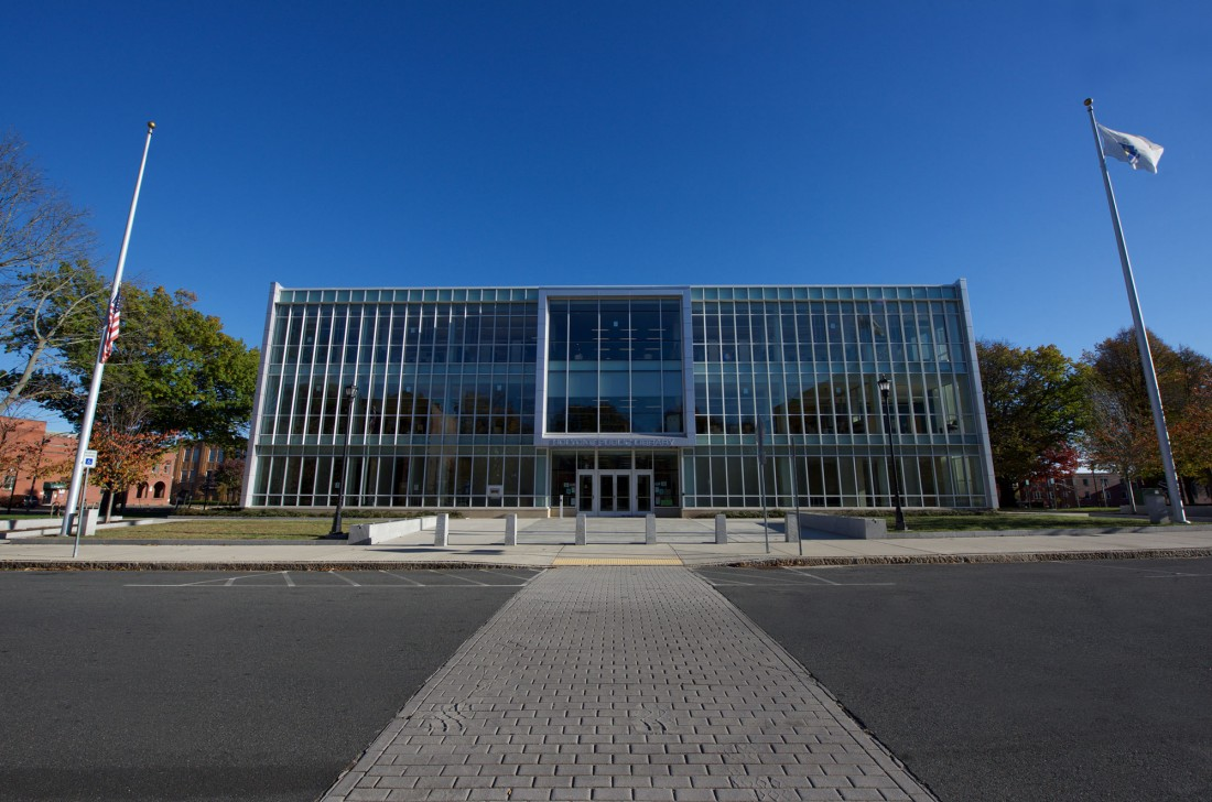 Holyoke Public Library, Massachusetts, Finegold Alexander Architects, Fontaine Brothers, Great Lakes Metal Panels, CEI Materials R4000